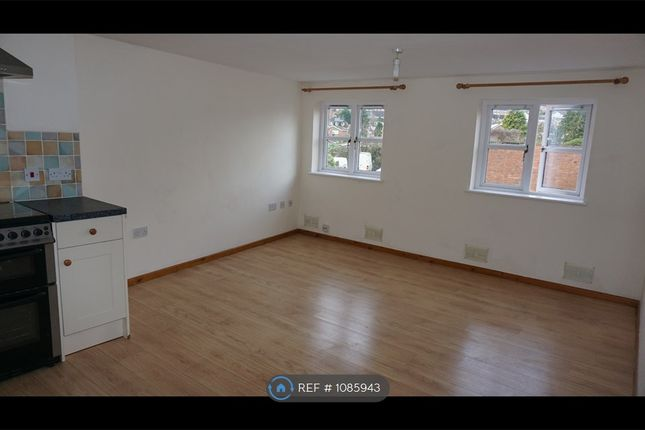2 bed flat to rent in Crediton, Crediton EX17