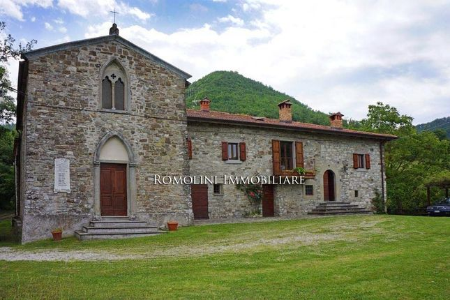 4 bed property for sale in Pieve Santo Stefano, Tuscany, Italy