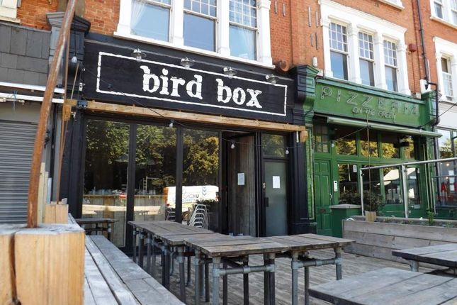 Thumbnail Restaurant/cafe for sale in Cavendish Parade, Clapham Common South Side, London