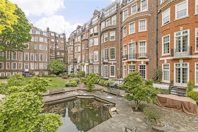 Thumbnail Flat for sale in Green Street, London