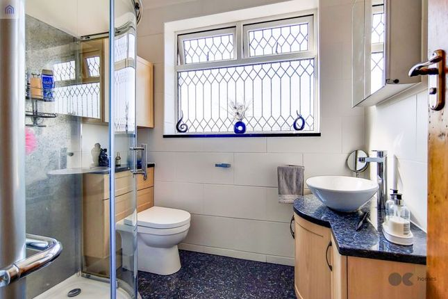 Bathroom of Mashiters Hill, Romford RM1