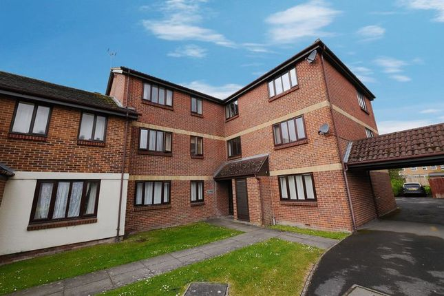 1 bed flat for sale in Hamble Road, Didcot