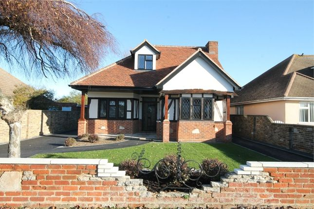 Thumbnail Property for sale in Central Avenue, Frinton-On-Sea