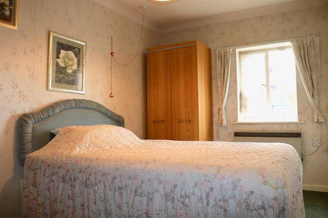 Bedroom 2 of West Street, Gravesend DA11