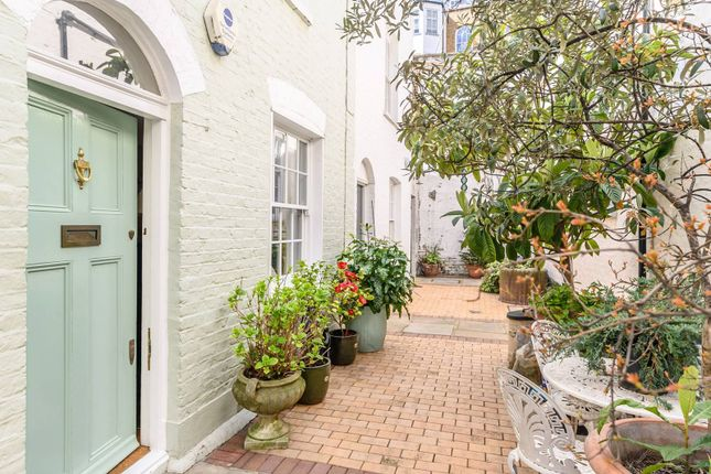 2 bed property for sale in Kinnerton Place North, Belgravia, London SW1X