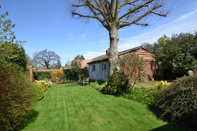 Garden of Grimsdells Lane, Amersham HP6