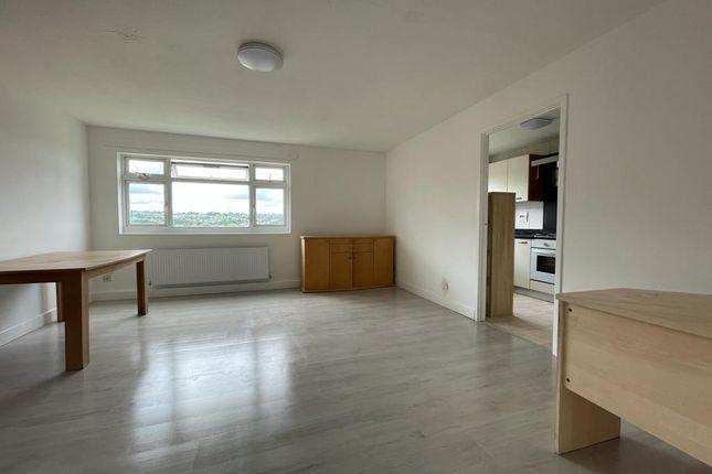 Thumbnail Flat to rent in Little Grove, Bushey