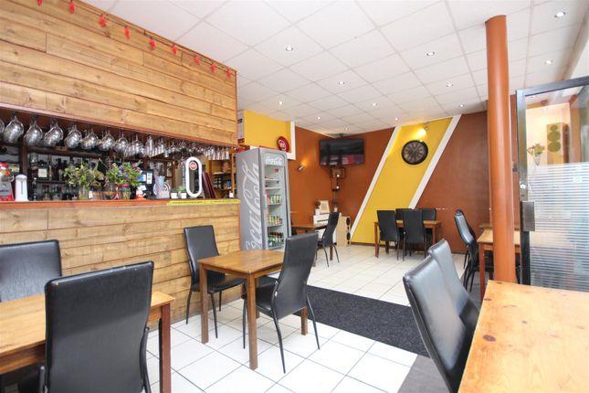 Thumbnail Retail premises to let in Craven Park, London