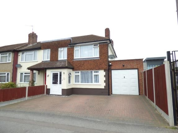 4 bed end terrace house for sale in Maylands Avenue, Hornchurch