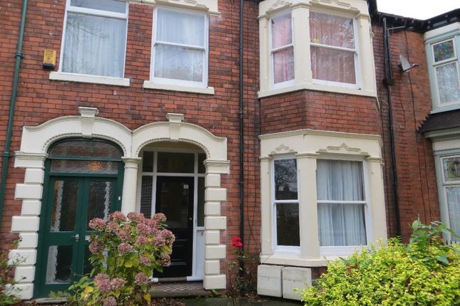 Thumbnail Flat for sale in Marlborough Avenue, Hull