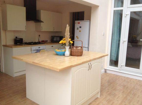 Thumbnail Semi-detached house to rent in Westmount Road, London, Greater London