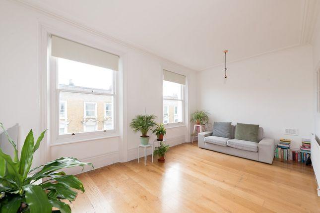Thumbnail Flat to rent in Elizabeth Mews, London