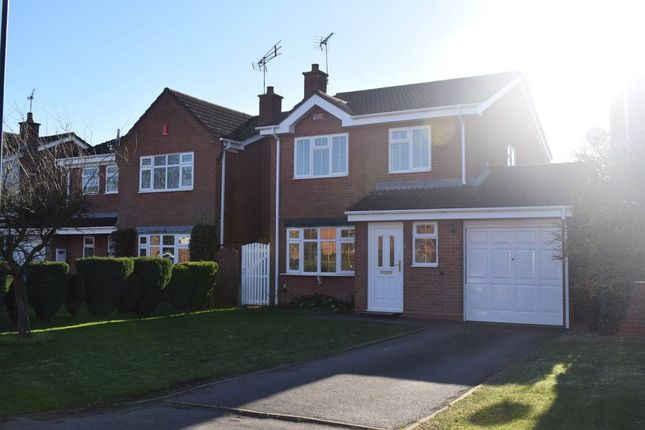 Thumbnail Property to rent in Axminster Close, Horeston Grange