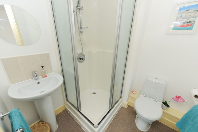 En Suite Bed1 of Hartfield Close, Hasland, Chesterfield S41