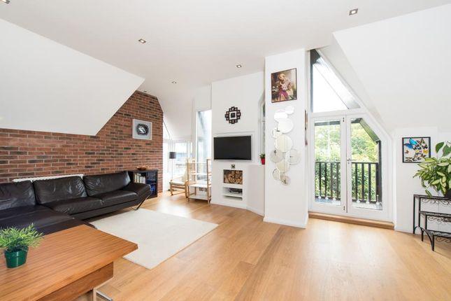 Thumbnail Flat to rent in Wedderburn Road, Hampstead