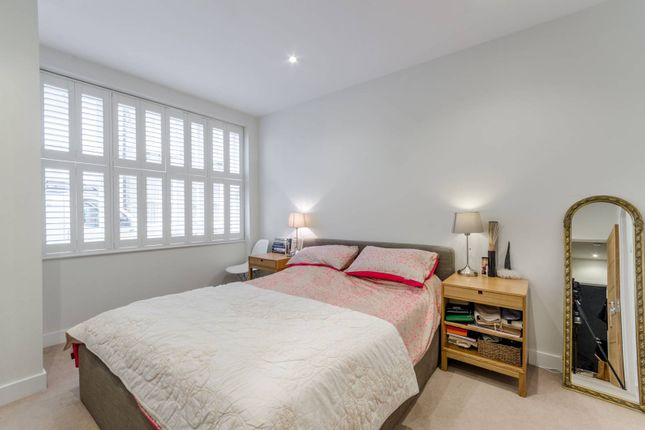 Thumbnail Property to rent in Ernshaw Place, Putney
