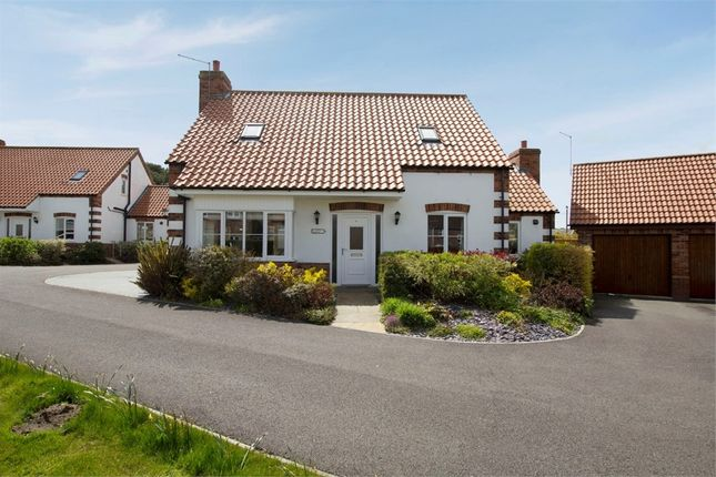 4 bed detached bungalow for sale in Homeleigh Court, Middle Rasen, Market Rasen, Lincolnshire LN8