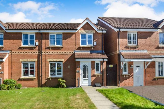 3 bed semi-detached house to rent in Leadhills Way, Castle Grange, Hull HU7