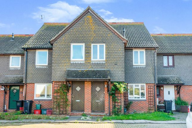 Thumbnail Terraced house to rent in Portsmouth Road, Clacton-On-Sea