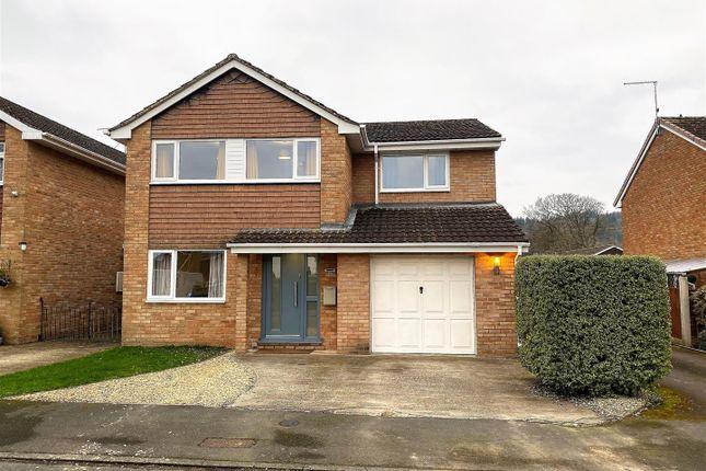 3 bed property to rent in Oak Way, Huntley, Gloucester GL19