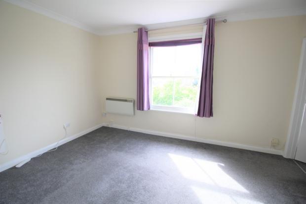 Lounge of Kimbolton Road, Bedford MK40