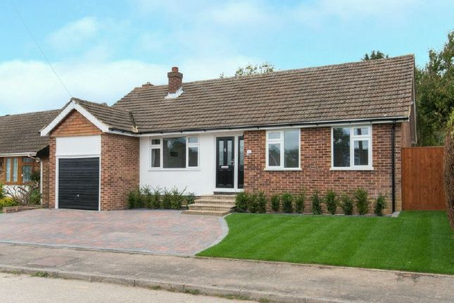 Thumbnail Bungalow to rent in Russell Close, Little Chalfont, Amersham
