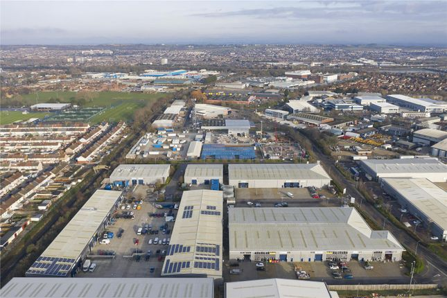 Thumbnail Warehouse to let in Voyager Park, Portfield Road, Portsmouth, Hampshire