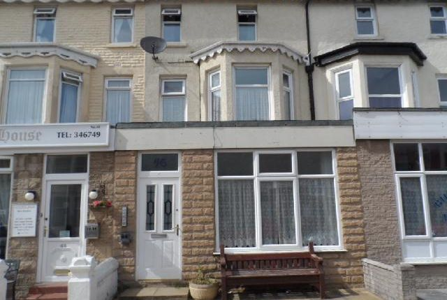 Thumbnail Flat to rent in St Chads Road, Blackpool