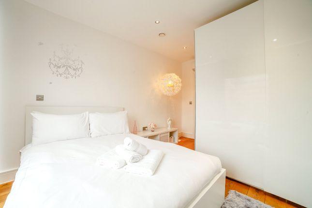 Second Bedroom of Greenwich High Road, Greenwich, London SE10