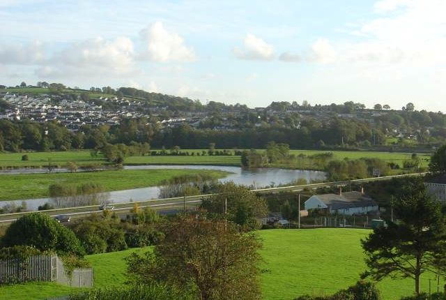 2 bed flat to rent in Golygfa Tywi, Priory Street, Carmarthen SA31