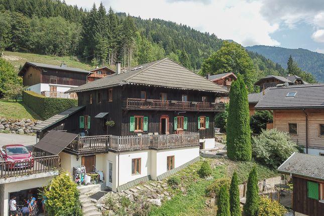 Thumbnail Chalet for sale in Route De L'elé, Montriond, Haute-Savoie, Rhône-Alpes, France