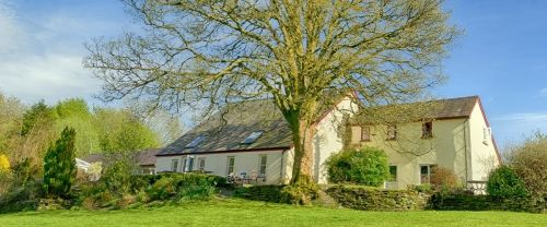 Thumbnail Hotel/guest house for sale in Dyfed, Pembrokeshire