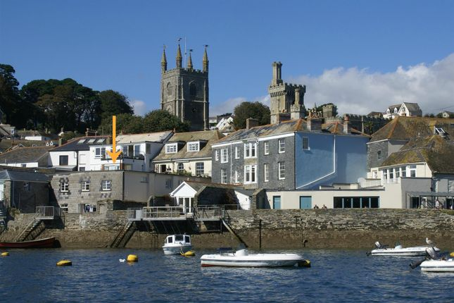 Thumbnail Flat for sale in Trafalgar Square, Fowey