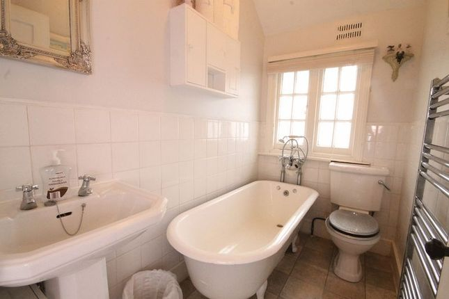 Bathroom of Reigate Road, Leatherhead KT22