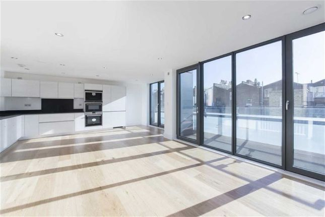Thumbnail Terraced house to rent in Munro Mews, London