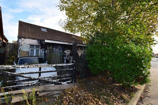 Thumbnail Bungalow for sale in Kollum Road, Canvey Island, Essex