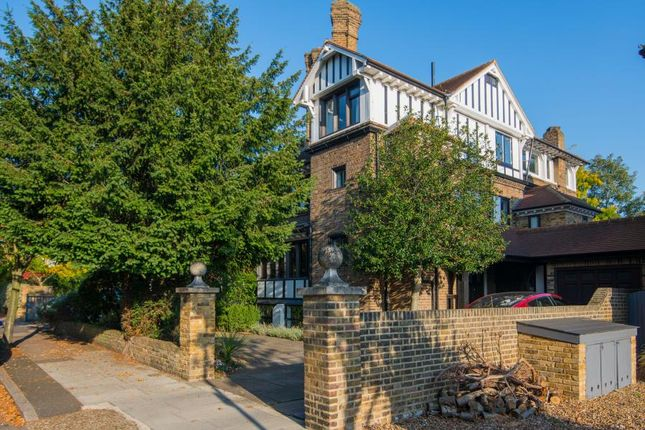 Thumbnail Semi-detached house to rent in Heathcote Road, Twickenham