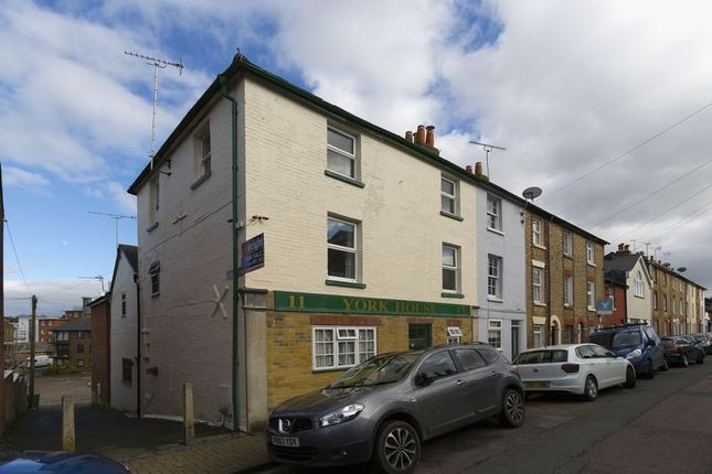 Thumbnail Terraced house for sale in York Street, Cowes