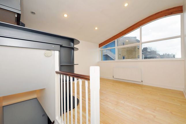 Thumbnail Detached house to rent in Shafton Road, Hackney