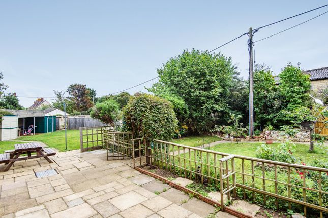 Thumbnail End terrace house for sale in Faringdon, Oxfordshire