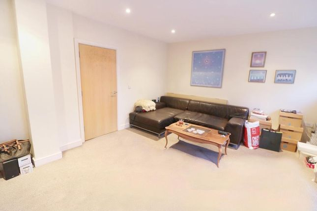 Thumbnail Flat to rent in Catalpa Court, Hither Green, London