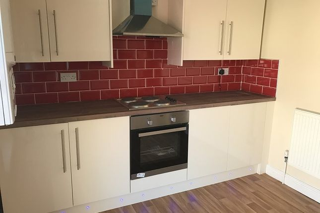 Thumbnail Semi-detached house to rent in Neath Road, Swansea