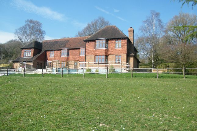 Thumbnail Property to rent in Corfu Cottage, The Midway, Nevill Court, Tunbridge Wells, Kent