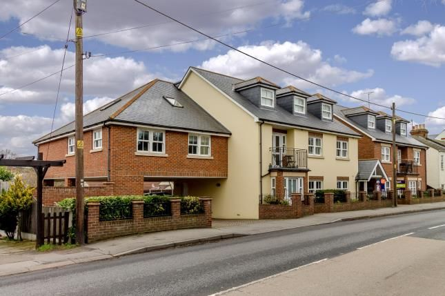 Thumbnail Flat for sale in Aldermans Hill, Hockley, Essex