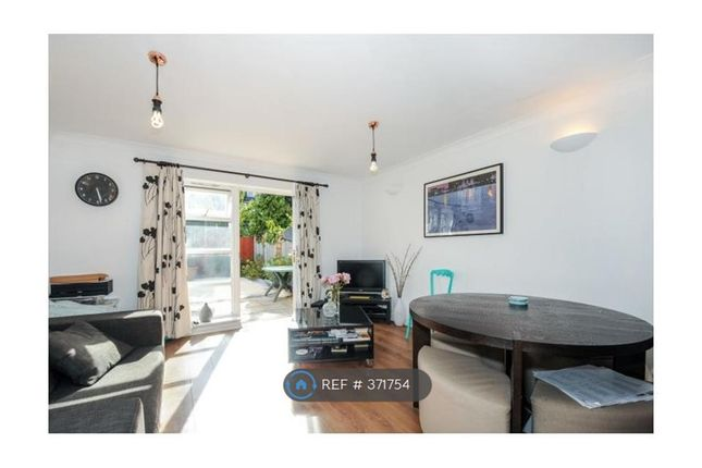 Thumbnail Terraced house to rent in Peckham Grove, London