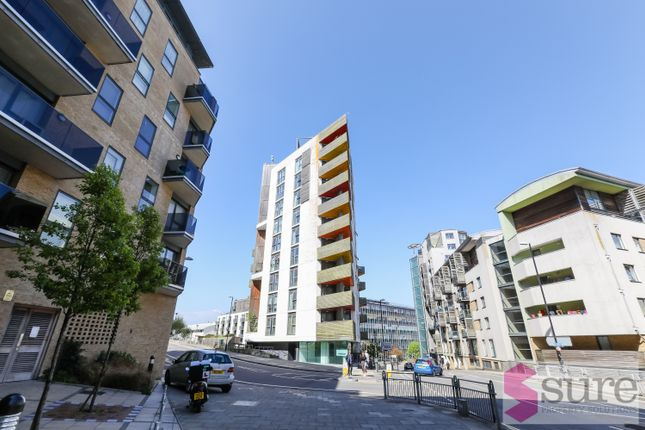 Thumbnail Flat to rent in Stroudley Road, Brighton, East Sussex