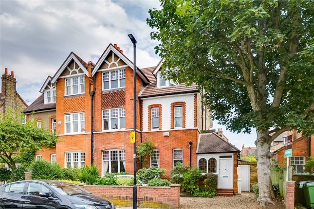 Thumbnail Property for sale in Riggindale Road, London