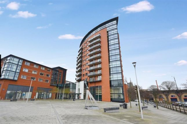 Thumbnail Flat for sale in Kings Tower, Marconi Plaza, Chelmsford