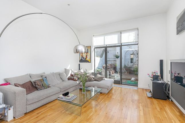 Thumbnail Terraced house to rent in Colebrooke Place, London