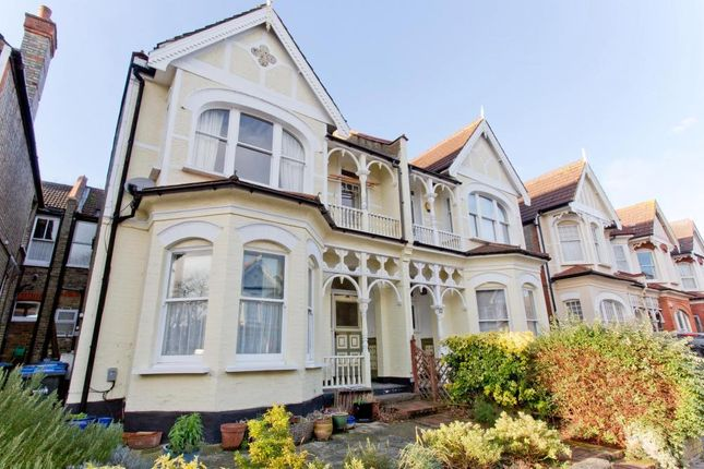 Thumbnail Flat for sale in Broomfield Avenue, London